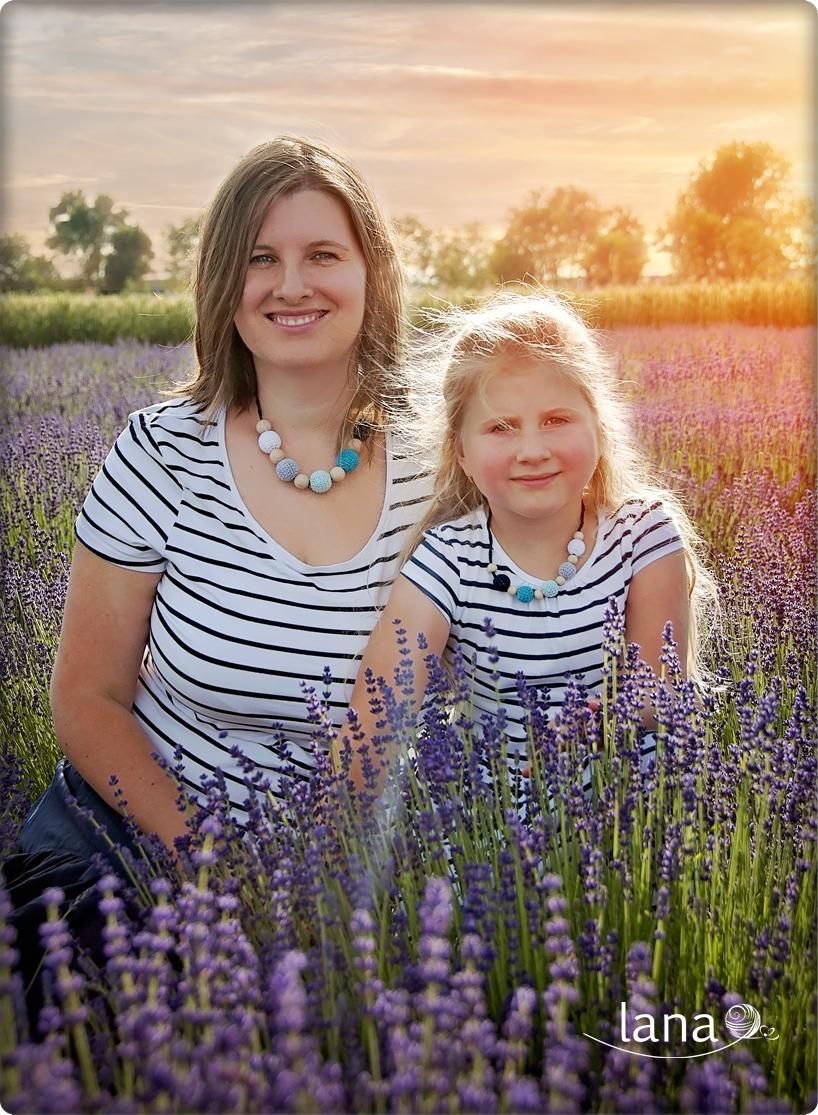 Kolekcia MY DVE - Pre všetky dcérky, ktoré chcú byť ako ich mamy.Zmenšený detský náhrdelník vám rada vyrobím ku ktorémukoľvek modelu. Na fotografii náhrdelník MORE Cena: originál 13,20€, detský 9,60€