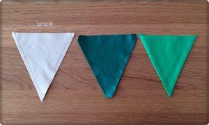 Trojuholníky zašijeme na dvoch stranách, rožky odstrihneme a po prevrátení vyžehlíme
